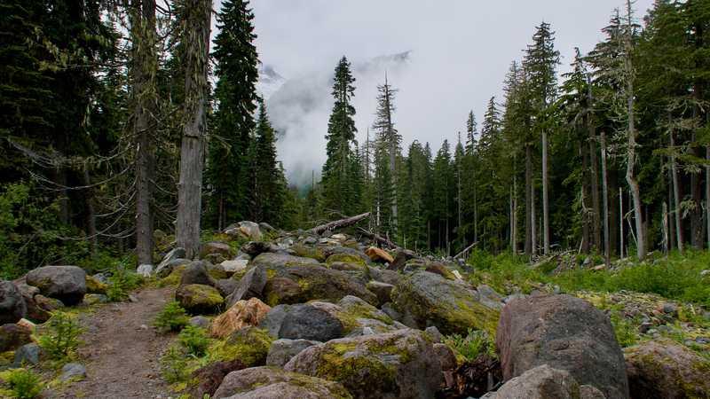 Large boulders near Sitkum Creek