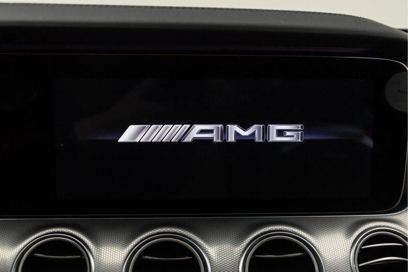 """Mercedes-Benz E-Klasse E63s AMG 4Matic 612pk Panoramadak Distronic Schaalstoelen Burmester ComandOnline Keyless 20"""" Parktronic Pdc VerlengdeGarantie t/m 03/2022 afbeelding 4"""
