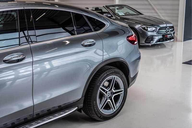 Mercedes-Benz GLC Coupé 300 4MATIC   360° camera   Panorama   Widescreen   Keyless afbeelding 24