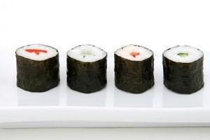 4 seaweed wrapped sushi