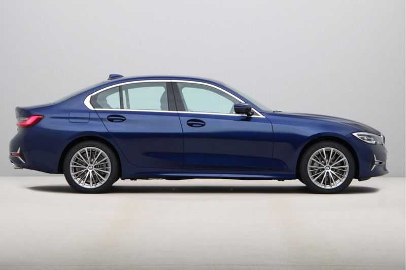 BMW 3 Serie 330e eDrive Edition High Executive afbeelding 2