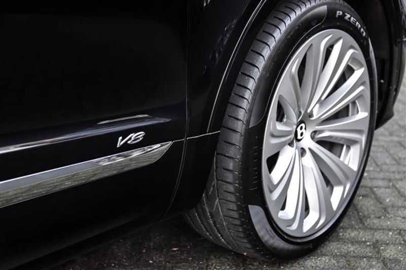 Bentley Bentayga V8 FIRST EDITION MULLINER+22INCH+NAIM+HEADUP afbeelding 23