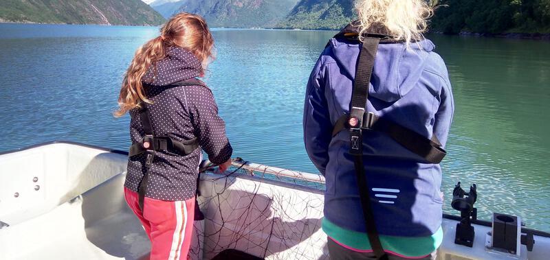 Fisking, Dorging & Fiskegarn i Fjærlandsfjorden