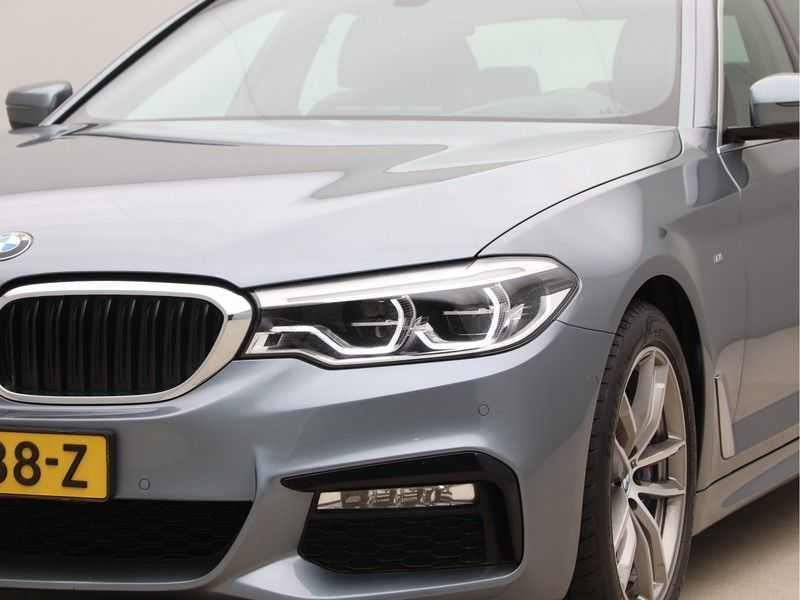 BMW 5 Serie 540i High Exe M-Sport Aut. afbeelding 18