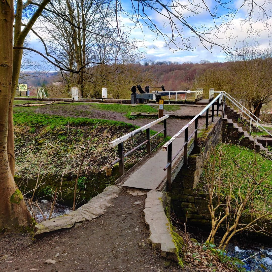 Bridge over canal to Bramley Fall Woods