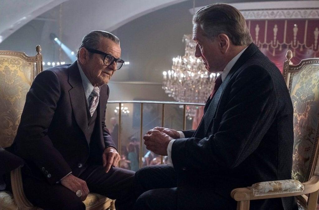 Одну из лучших своих ролей в «Ирландце» сыграл Джо Пеши (слева)
