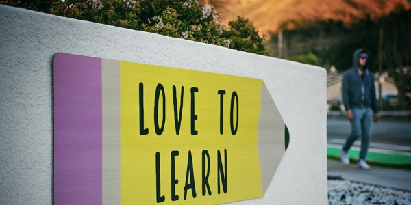 featured image thumbnail for post How to learn MLOps