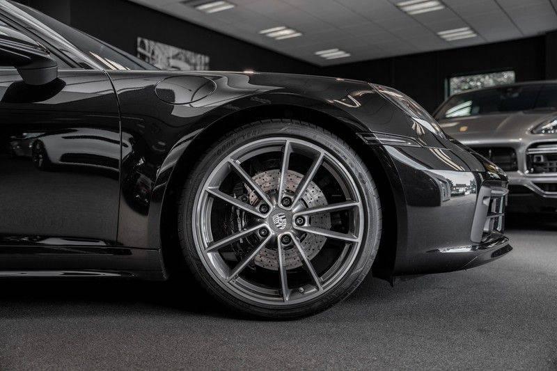Porsche 911 992 S Sport Design Pakket Sport Chrono Sport Uitlaat Bose Pano 3.0 Carrera S Led Matrix Lift Alcantara Hemel afbeelding 11