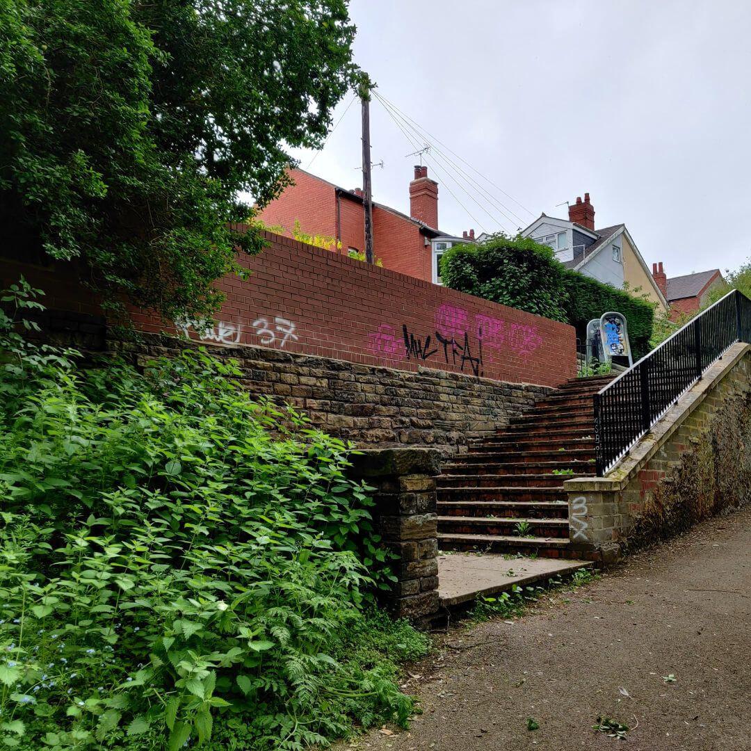 Woodhouse Ridge steps exit to Headingley