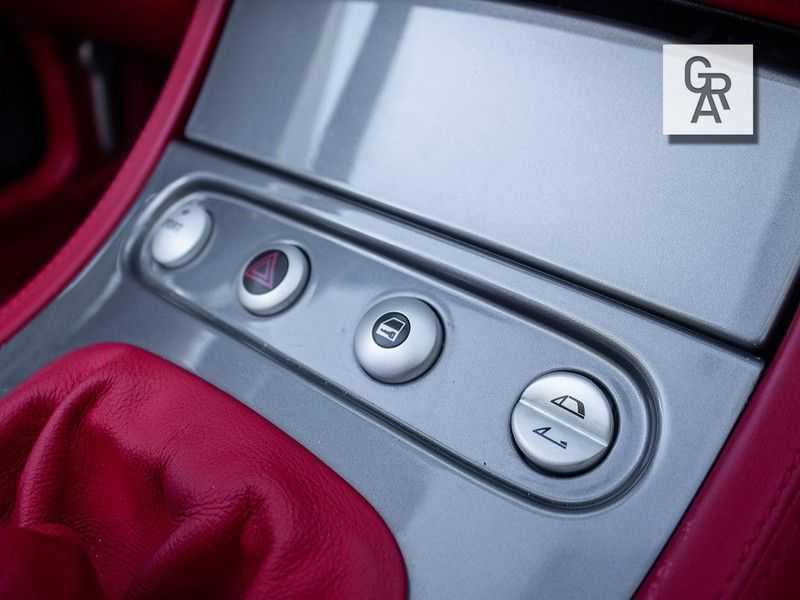 BMW Z8 | Rood leder | Origineel | Concours staat afbeelding 23
