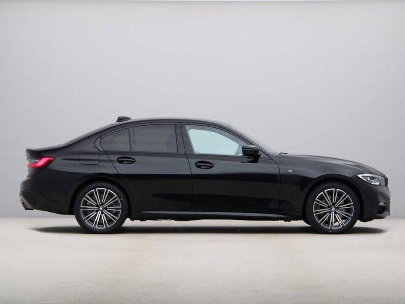 BMW 3 Serie 320e High Exe M-Sport Hybrid afbeelding 8