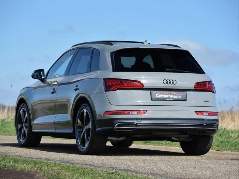 Audi Q5 2.0TFSI 252pk Quattro Black Optic Alle Opties! Lucht Tr.Haak Ruitleder Carbon Matrix Pano 20-Inch afbeelding 5