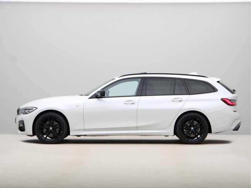 BMW 3 Serie Touring 318i Exe M-Sport Aut. afbeelding 10
