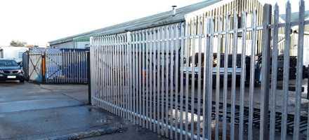 Palisade Fencing in Littlehampton