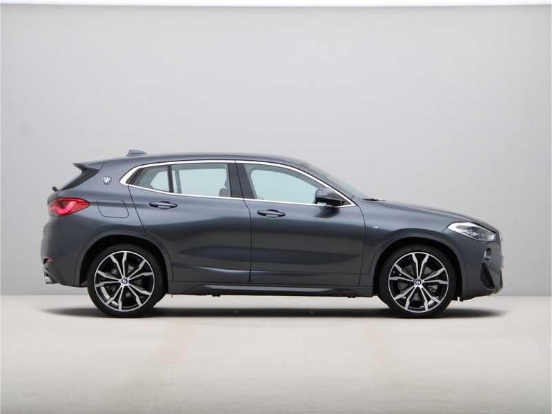 BMW X2 sDrive20i High Exe Aut. afbeelding 4