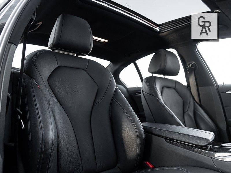BMW 5 Serie 540i xDrive High Executive afbeelding 10