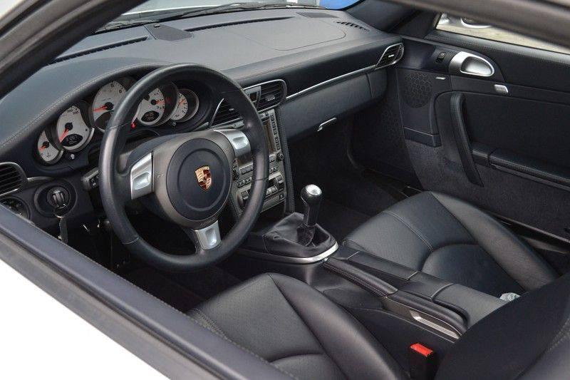 Porsche 911 Coupé 3.8 Carrera S 997 - dealer o/h - unieke kms afbeelding 3