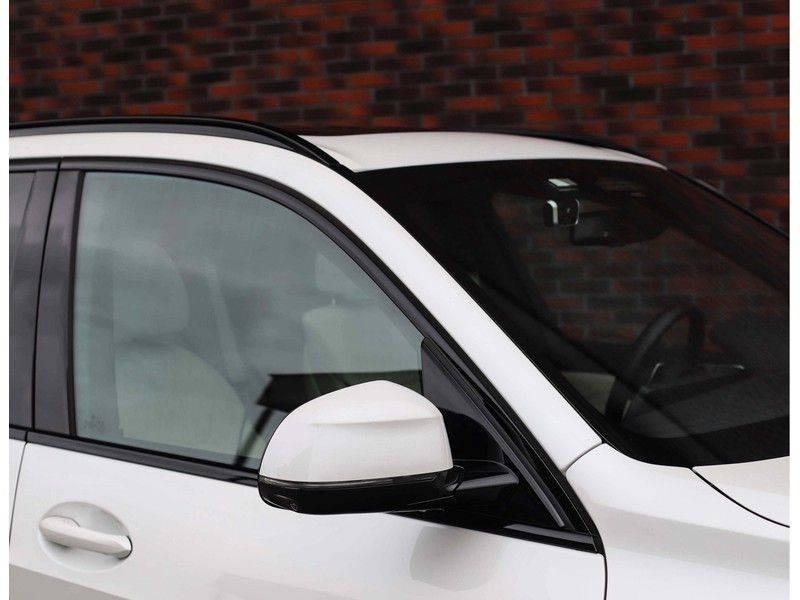 BMW X5 xDrive45e High Executive *Luchtvering*HUD*Pano*Laser*Harman/kardon* afbeelding 12