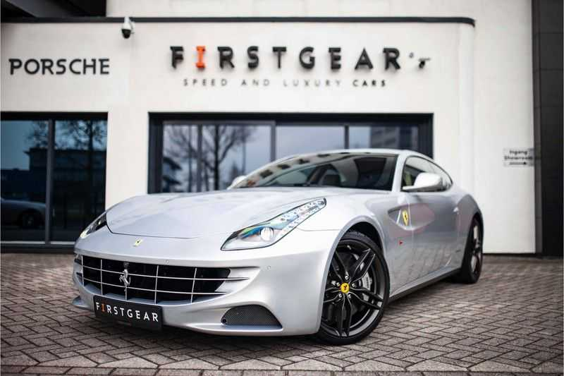 "Ferrari FF 6.3 V12 HELE *Collector Car / Passenger Display / 20"" / Carbon / Memory*"