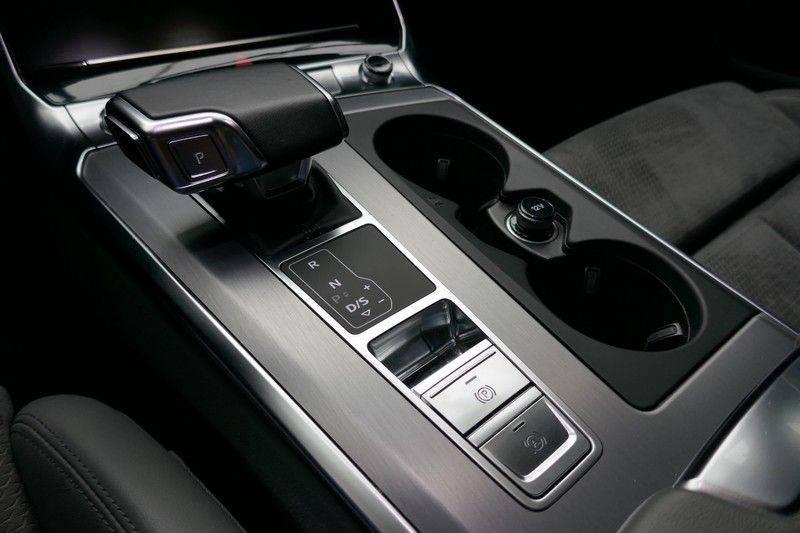 Audi A6 Avant 40 TDI Sport Pro Line S Black edition afbeelding 20