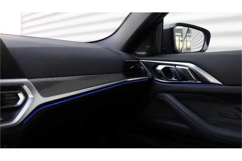 BMW 4 Serie Coupé M440i xDrive High Executive Harman/Kardon, Head Up Display, Schuifdak afbeelding 13