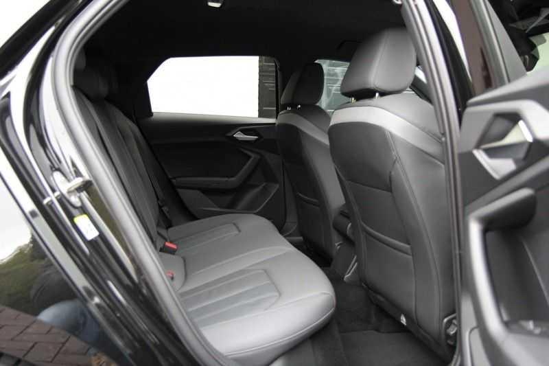 Audi A1 Sportback 40 TFSI S-LINE+LEDER+NAVI+ABT afbeelding 3