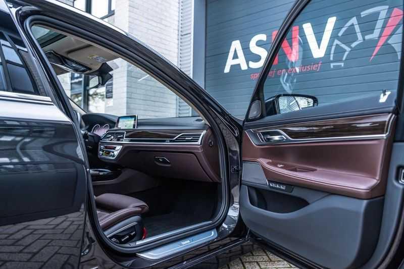 BMW 7 Serie 750i xDrive High Executive, 450 PK, Schuifdak, Gesture Control, Display/Key, Massage, Head/Up, Surround view, 56DKM!! afbeelding 9