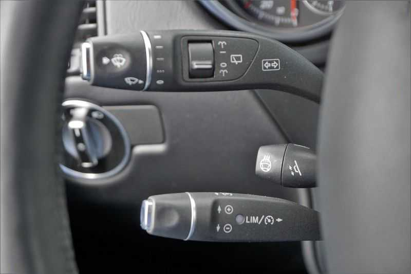 Mercedes-Benz G-Klasse 350 D / Grijs kenteken / Ex. BTW / NL-Auto / 68dkm NAP / Camera / Trekhaak / Climate / Cruise afbeelding 14