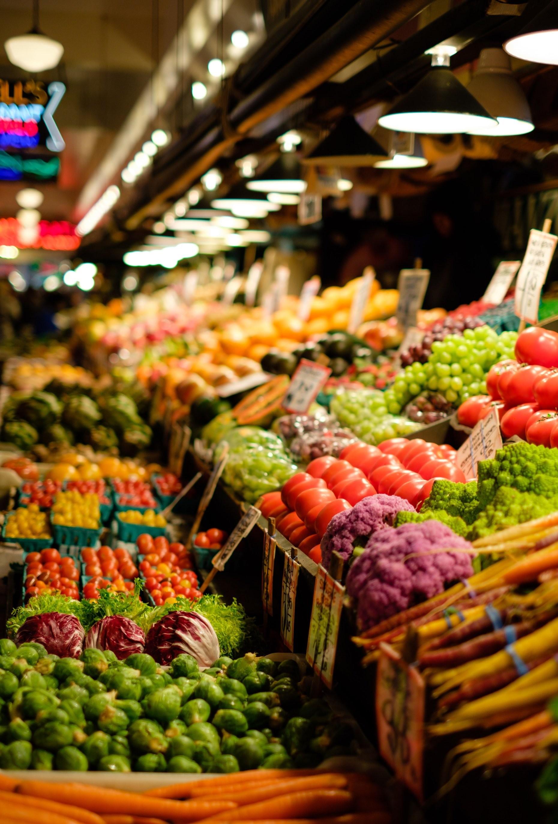 vibrant farmer market stand