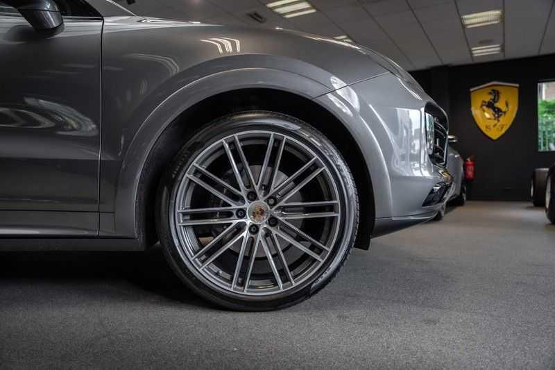 Porsche Cayenne Coupé Hybrid Sport Design Hoogglans 22' Adaptieve Sport Stoelen ACC Surround 3.0 E-Hybrid afbeelding 8