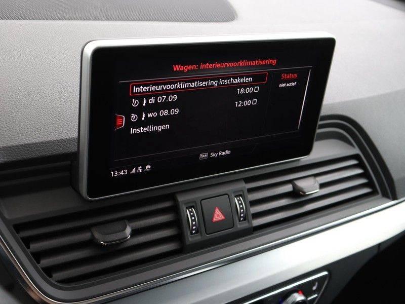 Audi Q5 50 TFSI e 299 pk quattro S edition | S-Line | Trekhaak | Elektrisch verstelbare/verwarmbare voorstoelen | Privacy Glass | Verlengde fabrieksgarantie afbeelding 4