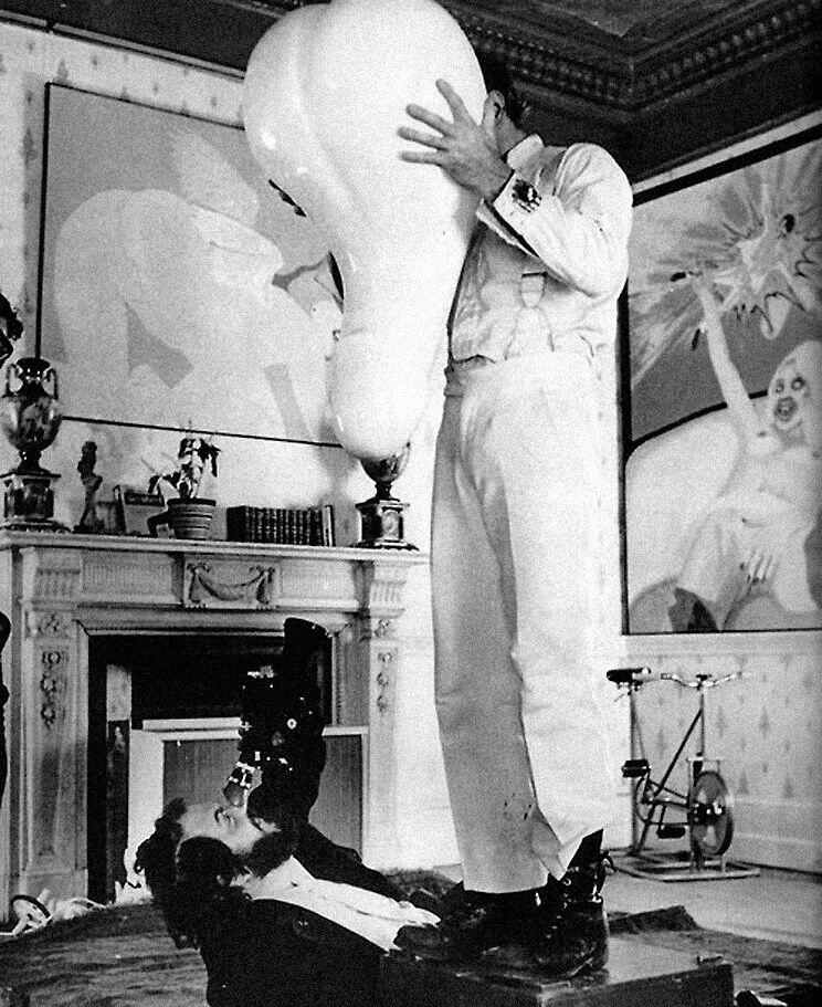 Стэнли Кубрик иМалкольм МакДауэлл насъемках «Заводного апельсина». Фото: imdb.com