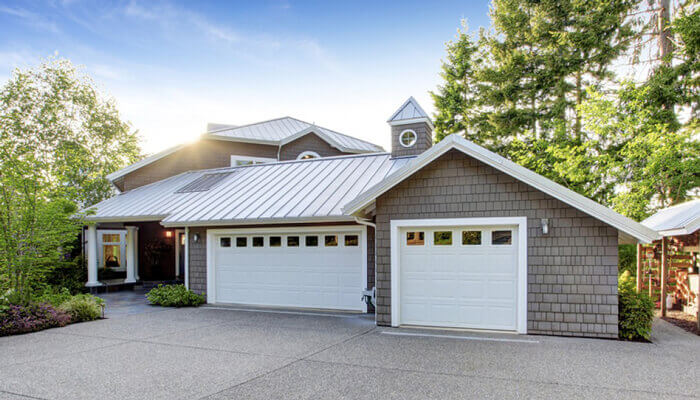 We install reliable garage door openers that utilize the latest technology to keep you and your home safer while giving you the convenience you need to operate your garage door with ease.