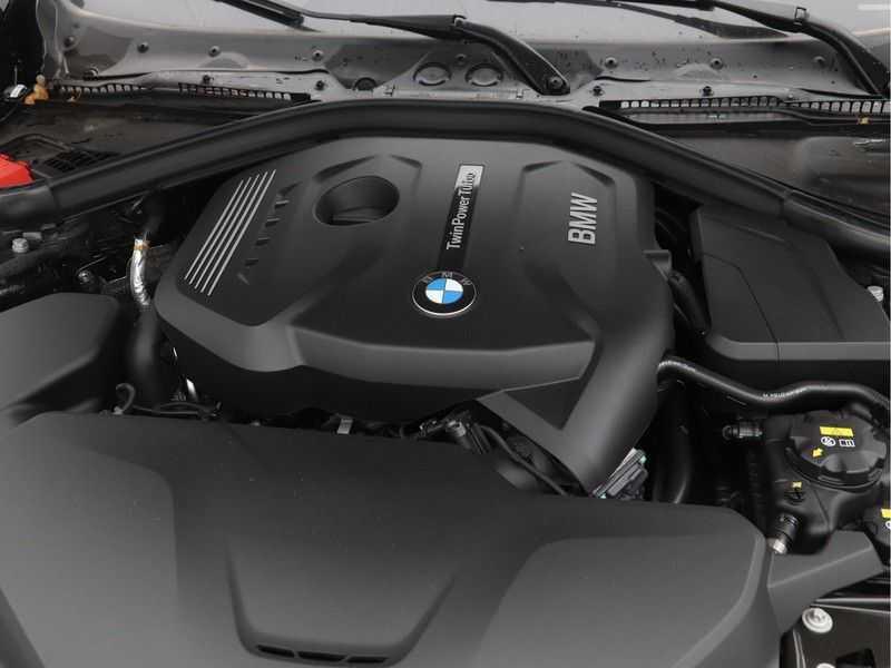 BMW 3 Serie Gran Turismo 320i High Executive Luxury Line Automaat afbeelding 5