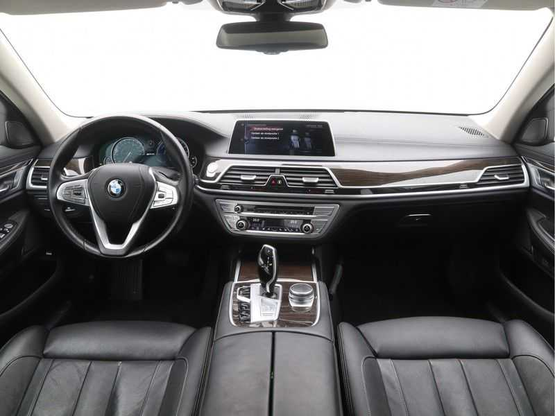 BMW 7 Serie 740Le PHEV High Executive Automaat afbeelding 11