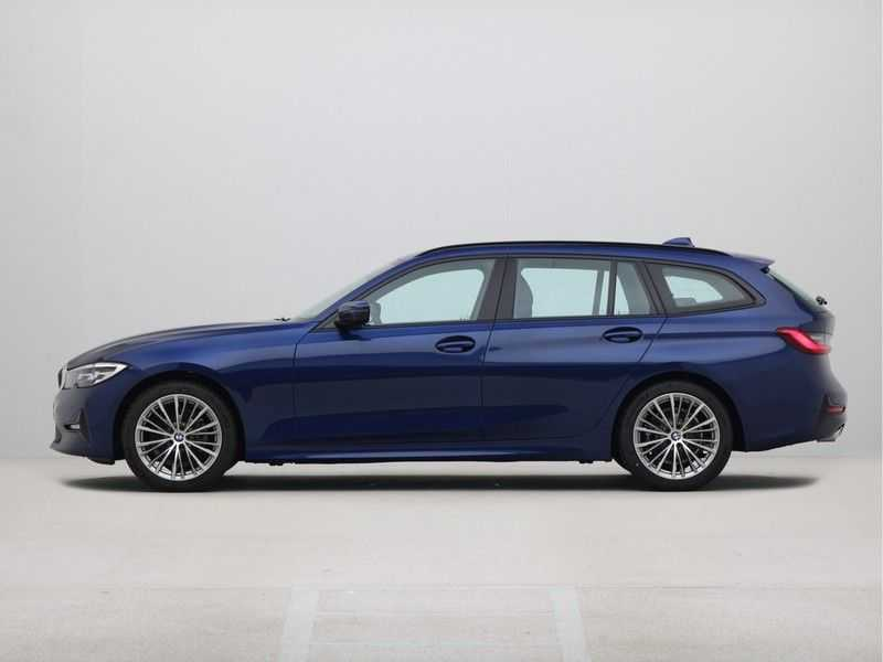 BMW 3 Serie Touring 318i High Executive Sport Line Automaat afbeelding 13
