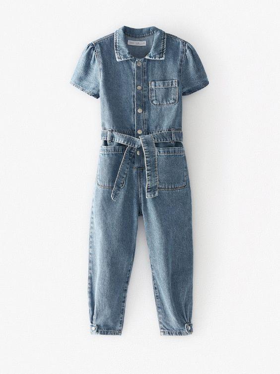 Combinaison en jean à boutons pressions