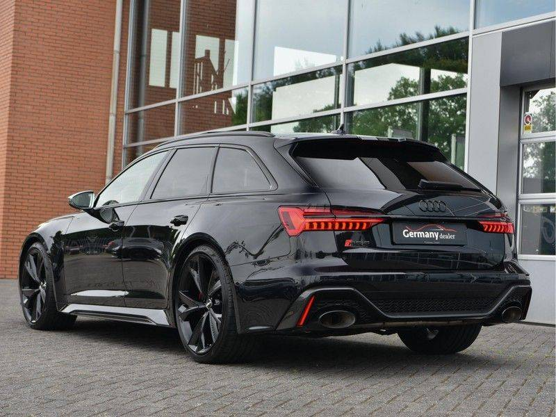 Audi RS6 4.0TFSI 600pk Quattro Keramiek Carbon B&O High-End Softcl Nachtz TV Laser Standk VOL!! afbeelding 13