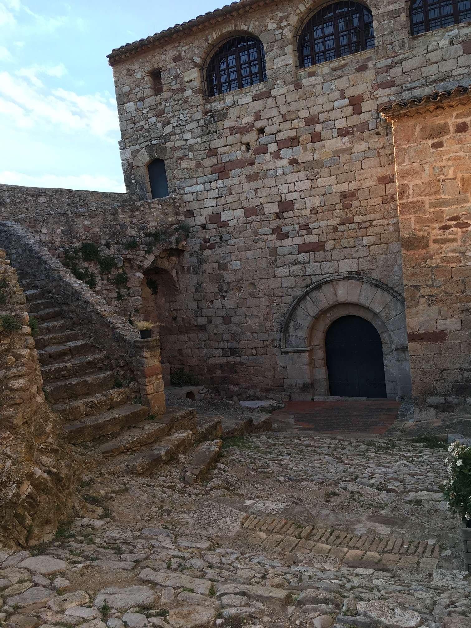 castell mediona