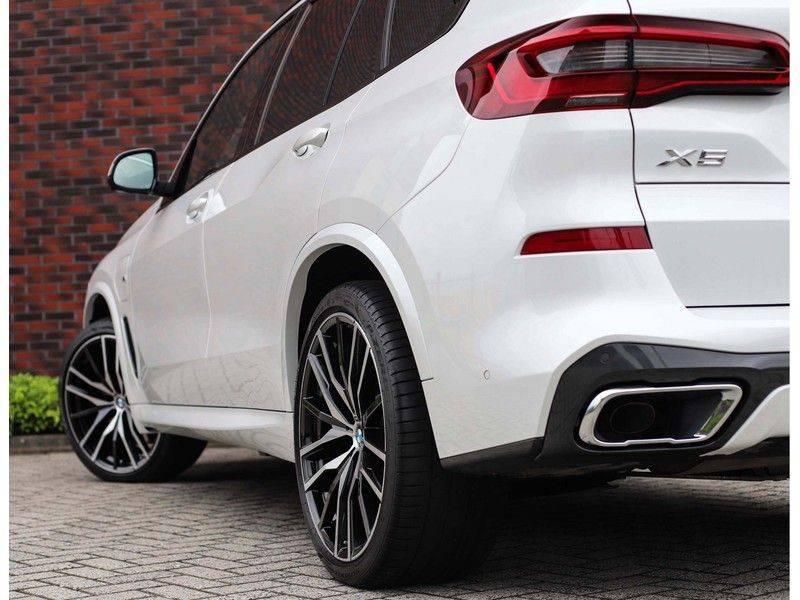 BMW X5 xDrive45e High Executive *Luchtvering*HUD*Pano*Laser*Harman/kardon* afbeelding 3