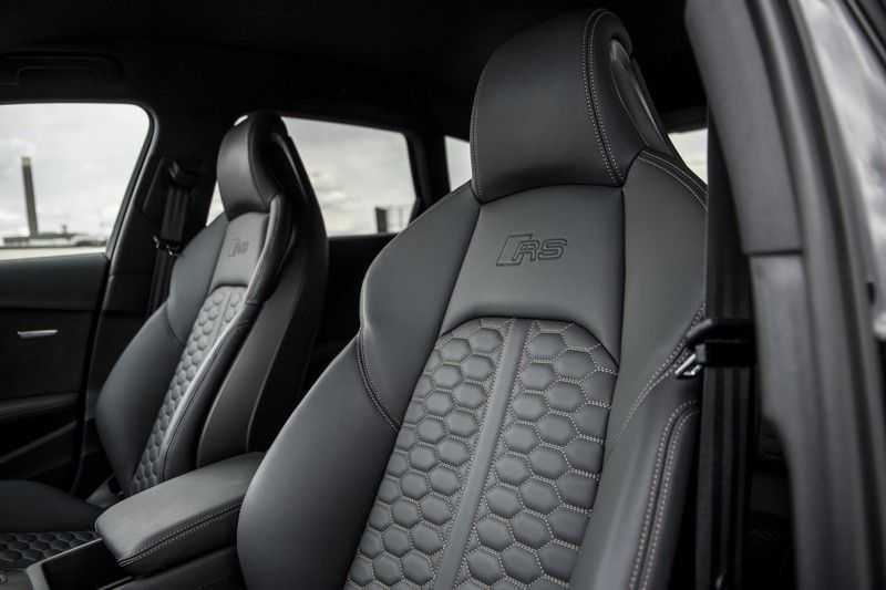 Audi RS4 Avant 2.9 TFSI quattro | 450PK | Style pakket Brons | Keramische remschijven | RS Dynamic | B&O | Sportdifferentieel | 280 km/h Topsnelheid | afbeelding 20