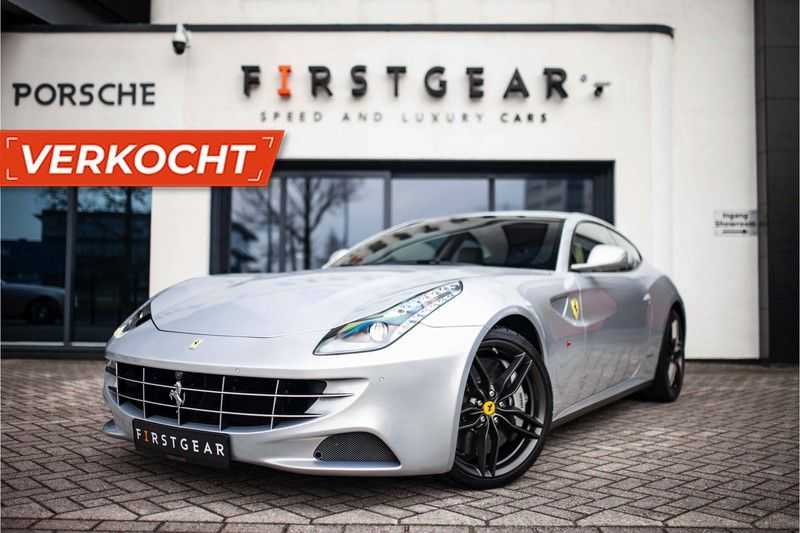 "Ferrari FF 6.3 V12 HELE *Collector Car / Passenger Display / 20"" / Carbon / Memory*"