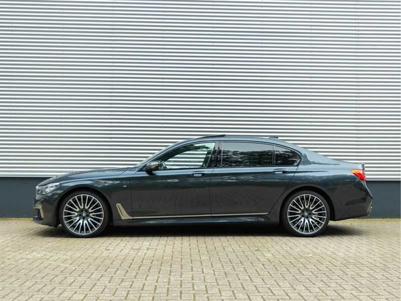 BMW 7 Serie M760Li xDrive - Bowers & Wilkins Audio - Night Vision - Entertainment Professional afbeelding 8