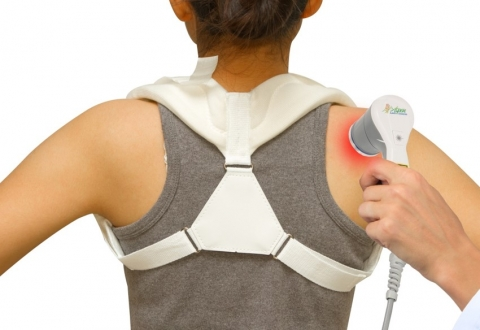 Shoulder treatment with class 4 laser.
