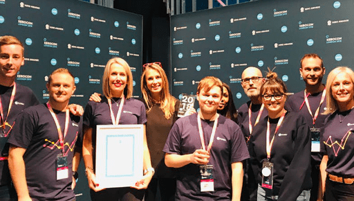 Founder and CEO of Futrli Hannah Dawson stands next to Chief Operating Officer Helen Cockle and the Success and Sales teams holding the award for Xero's Practice App of the Year 2018 because Futrli ihelps accountants, bookkeepers and small to medium sized businesses make great decisions and achieve more with forecasting and reporting capabilities.