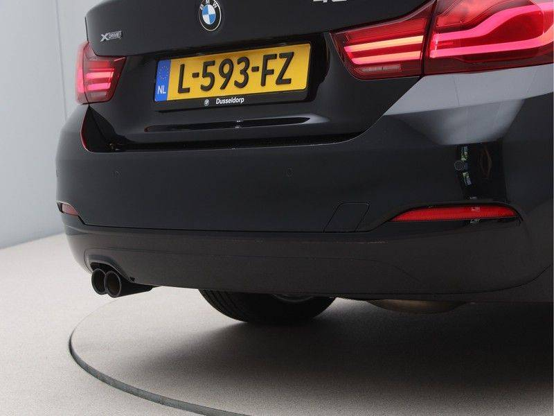 BMW 4 Serie Coupé 435d xDrive High Executive Model Sportline afbeelding 18