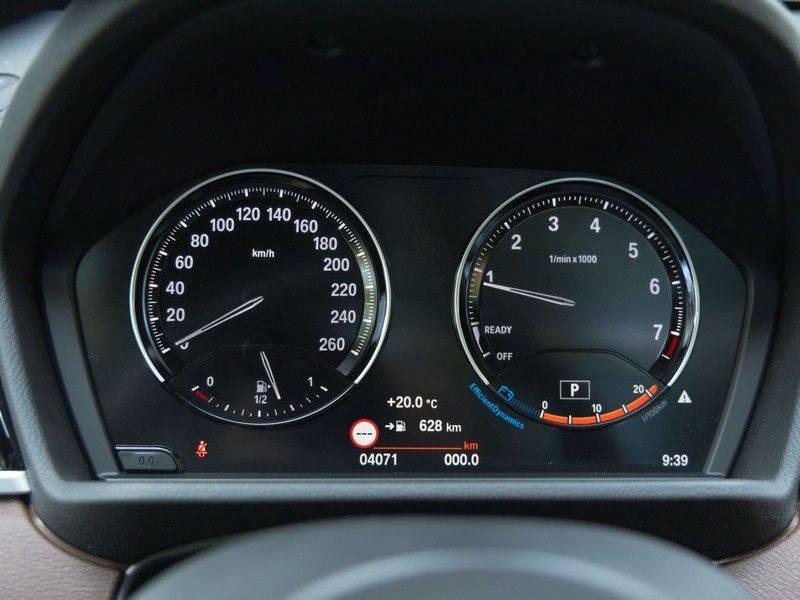 BMW X1 xDrive20i High Executive - Memoryzetel - Panorama - Trekhaak - Harman Kardon afbeelding 22