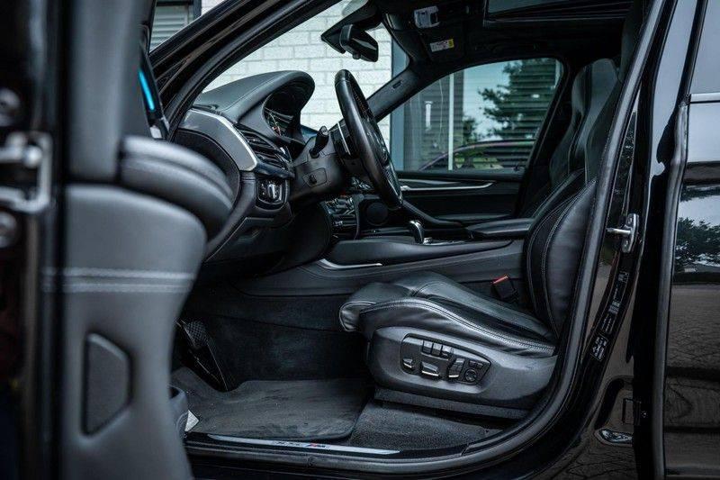 BMW X5 M, 575 PK, Pano/Dak, Leder Merino, Head/Up, Keyless, Soft/Close, Harman/Kardon, Surround View, LED, 22'' Breyton RS, 2016!! afbeelding 5
