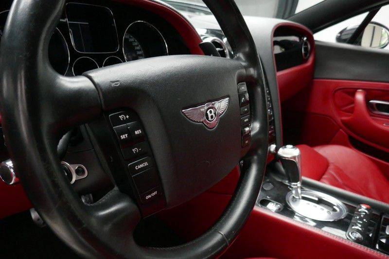 Bentley Continental GT 6.0 W12 Mulliner - NL Auto - Youngtimer afbeelding 17