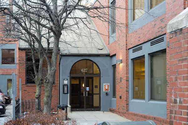 The facade of 637 Washington Street